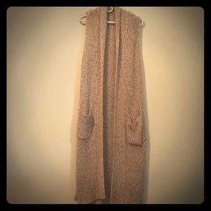 Sweaters - Long Sleeveless Cardigan
